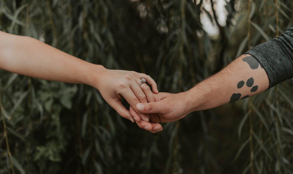 couples fall engagement session in lincoln, nebraska