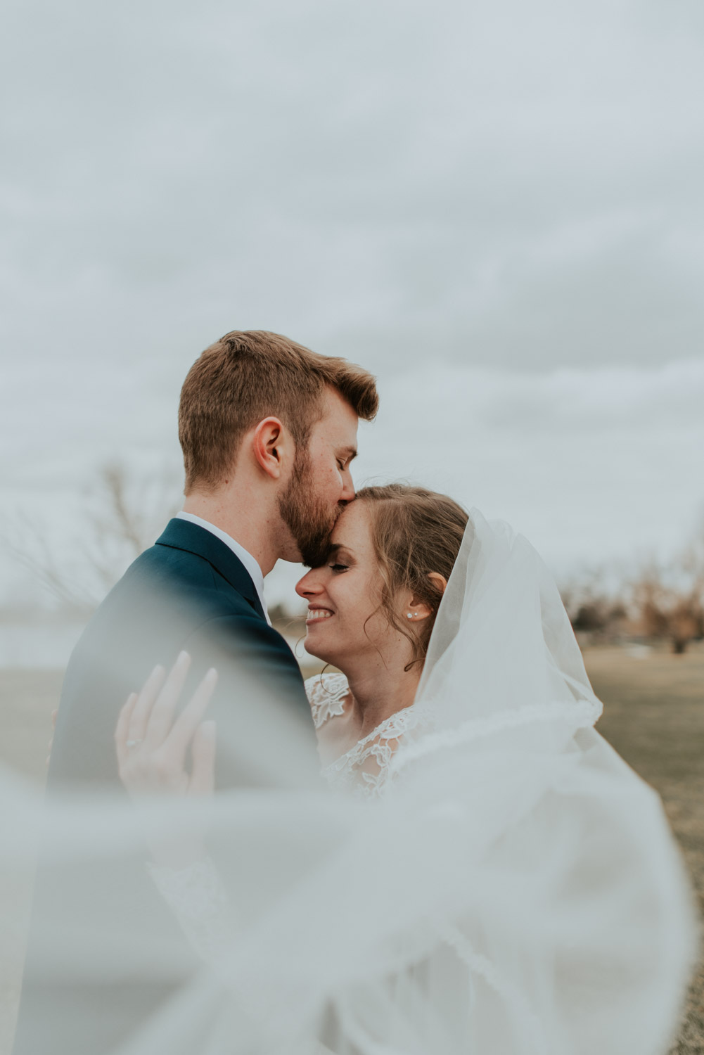 lindsey + daniel tied the knot in greeley colorado on march 30th 2019! a chilly spring wedding, the colors were starting to bud and the sun was just barely shining but it was exactly what they dreamt of! a day full of love and laughter!