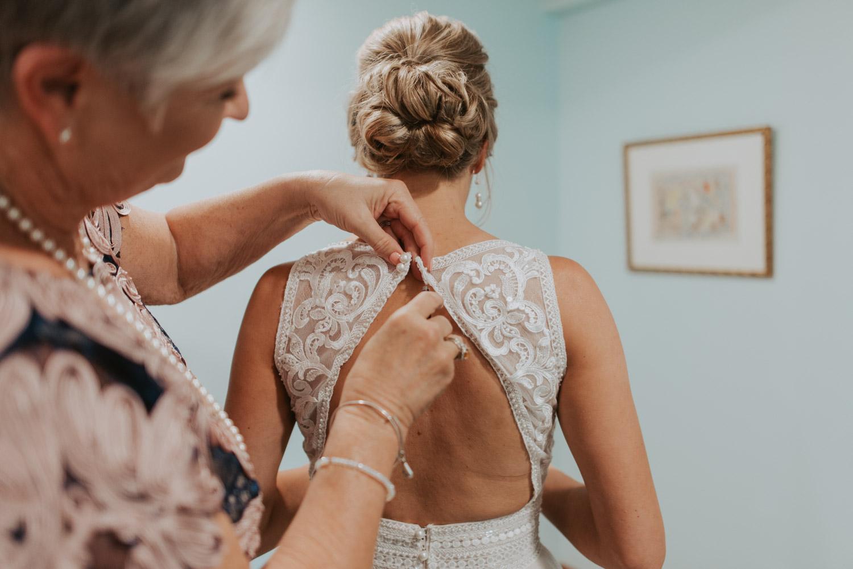 getting ready details from wedding in lincoln, nebraska
