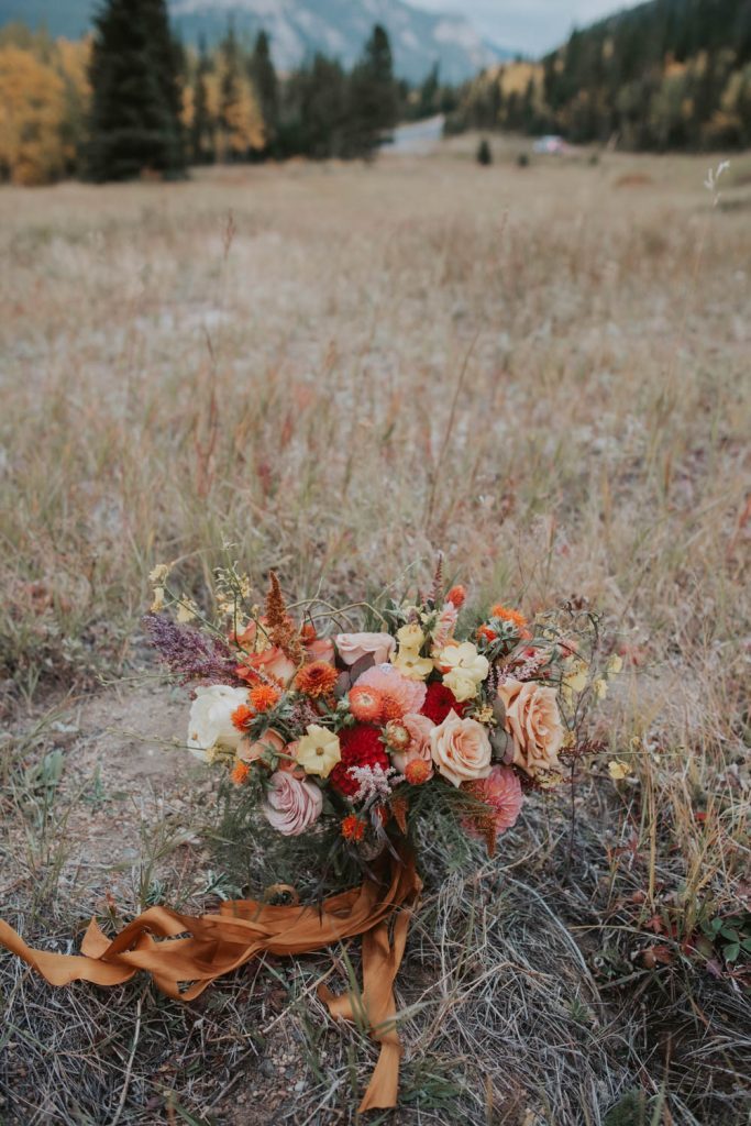 fall styled elopement bouquet wedding in rocky mountain national park colorado