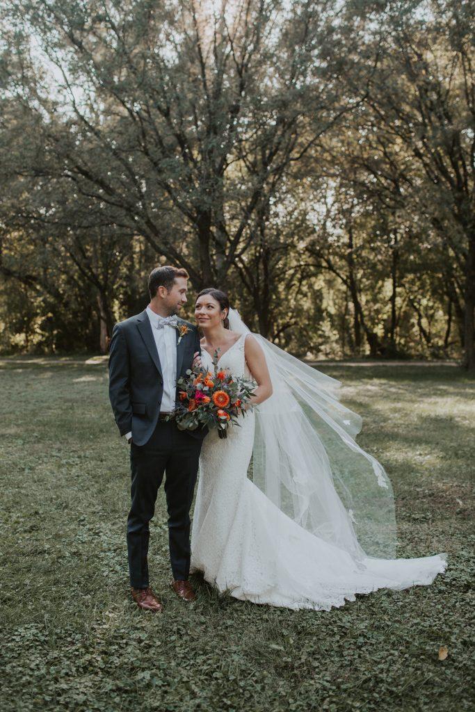 bridal party at memorial park in omaha nebraska