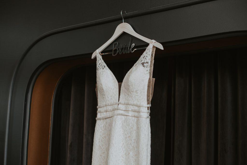 getting ready details of brides dress at hotel deco in omaha nebraska