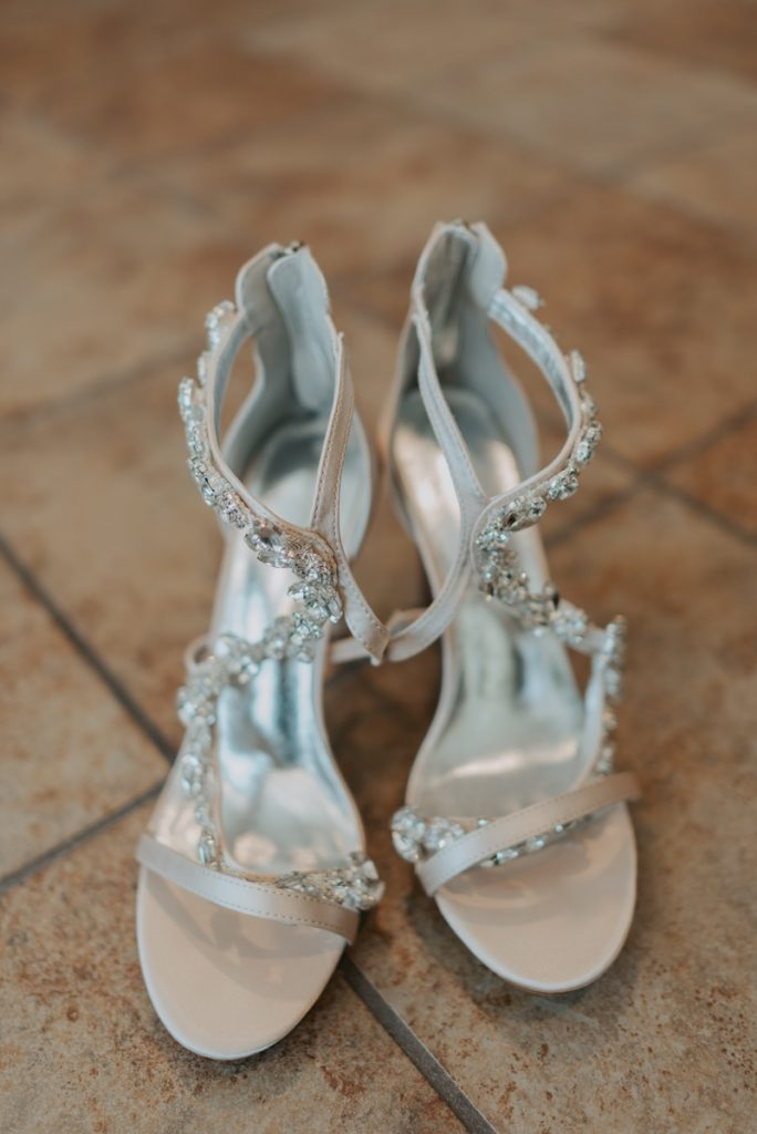 brides shoe details from anna and daniels wedding in omaha nebraska